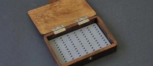 「毛鉤ケースを木製で自作」する時に参考にしたいサイト